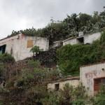 półopuszczone domki