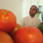 Amaury z pomidorami